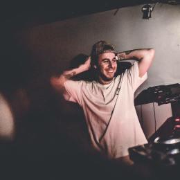 Video: DJ Boring in The LabLDN