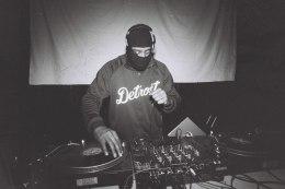 Video: DJ Stingray live from DJ MagHQ