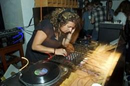 Escucha el nuevo Mix de Jane Fitz para RinseFM