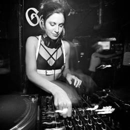 Escucha el new Mix de Claire Morgan paraXLR8R