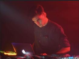 """Escucha el new track """"Liquids & Digits"""" de Antwood vía Planet MuRecords"""