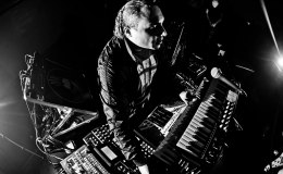 "Escucha un preview del new EP ""Psi49Net 104"" de AnthonyRother"