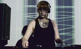 Escucha el new live Mix de Erika paraXLR8R