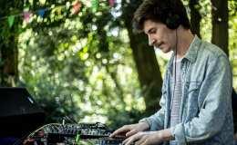 Video: Bellaire live DJ set fromParis